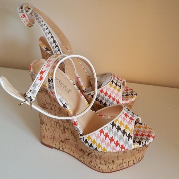 f1a862a66a Shoe Dazzle Shoes | White With Fun Print Wedge Peeptoe Espadrilles ...